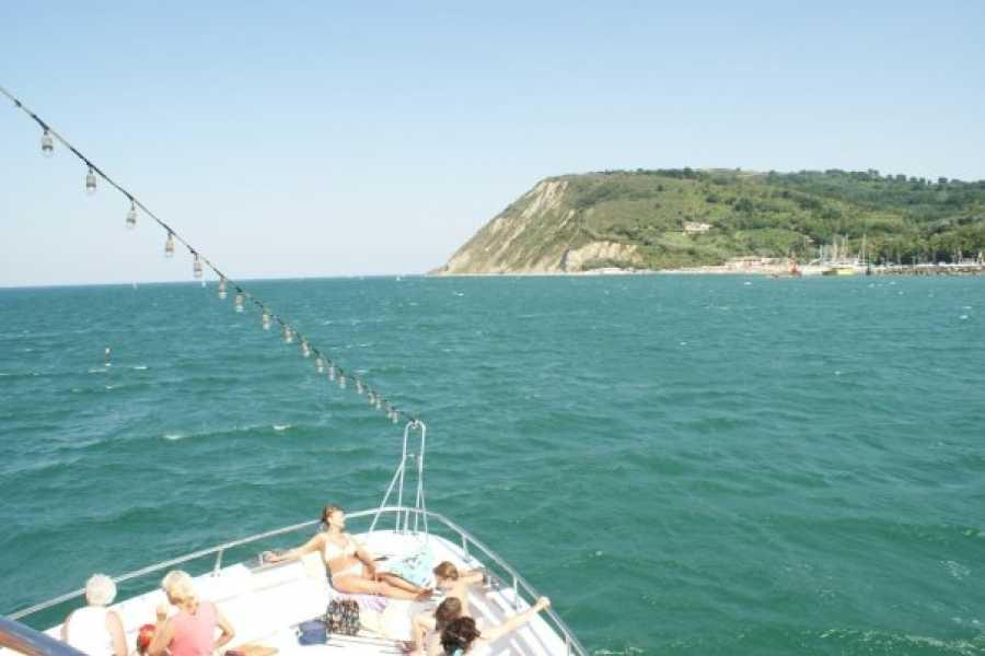 Visit Rimini In Motonave con Bagno al largo!