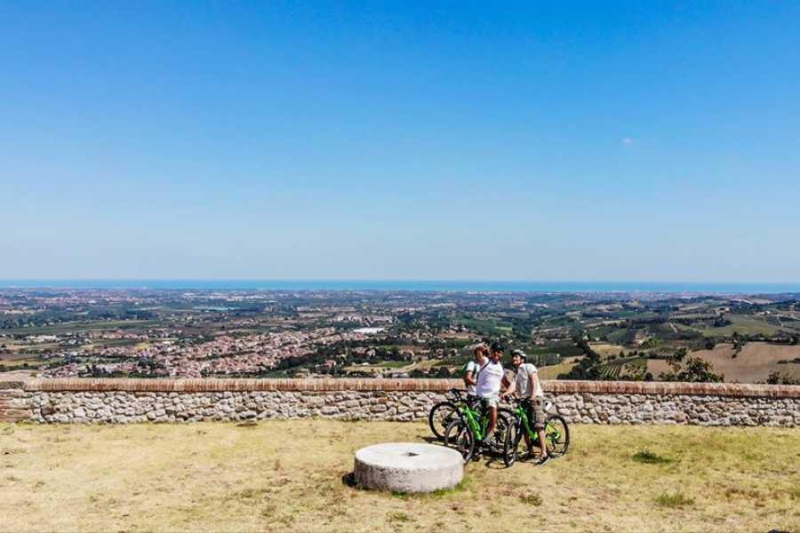 Visit Rimini VERUCCHIO BY EBIKE