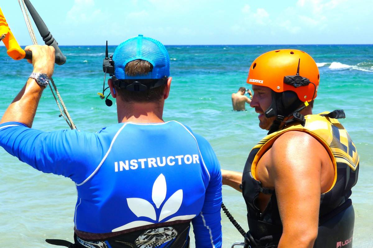 Kite Club Cabarete 1 Hour 2-way Radio Helmet Lesson