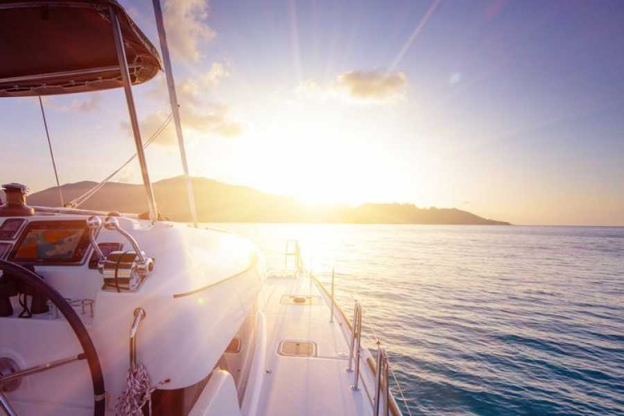 Tour Guanacaste Bali Private Catamaran Charter