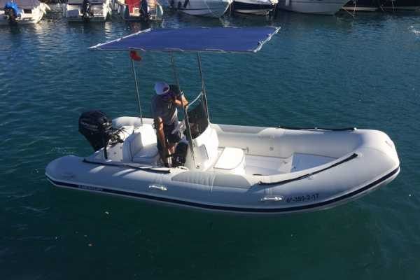 SailandPlay,SLU Self Drive Ocean Runner RIB 1 - No Licence Required !!