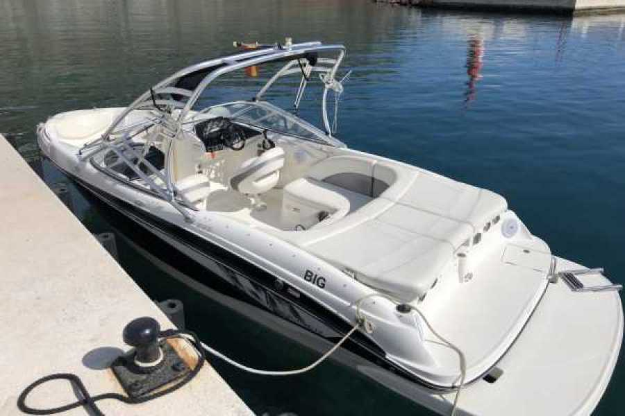 SailandPlay,SLU Self Drive Bayliner Bowrider 235 - Licence Required