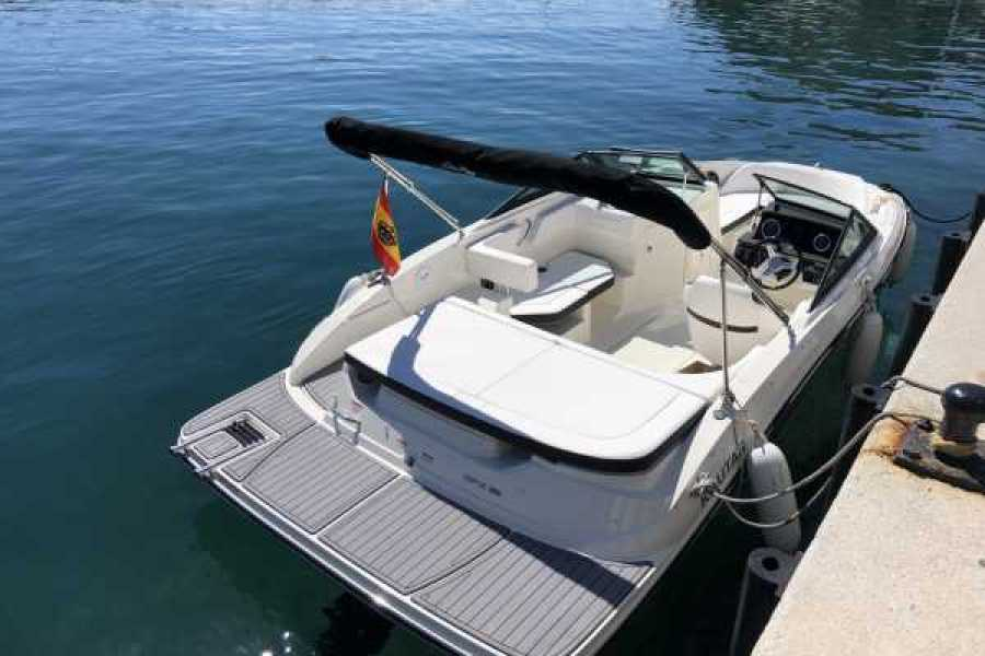 SailandPlay,SLU Self Drive Sea Ray 190 Sport - Licence Required