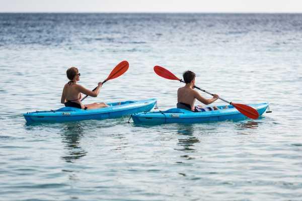 1 Hour Kayak Rental
