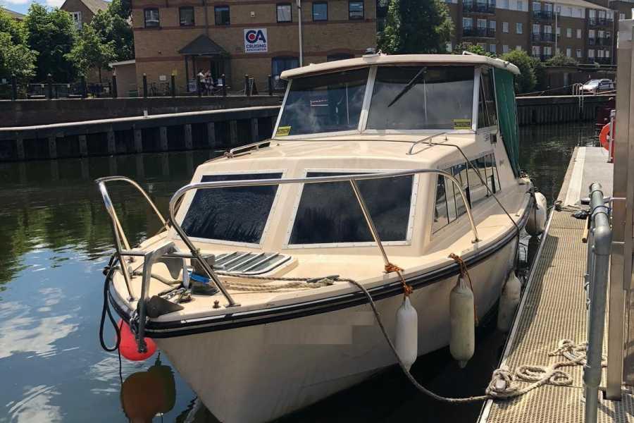 Halal Tourism Britain River Lea Yacht Cruise