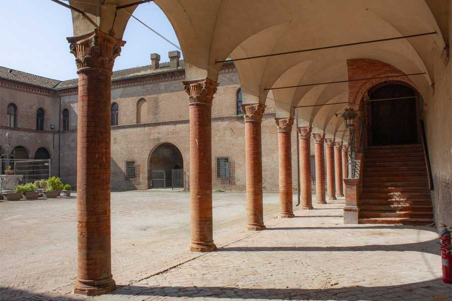 Bologna Welcome Bentivoglio Arte e Tradizione