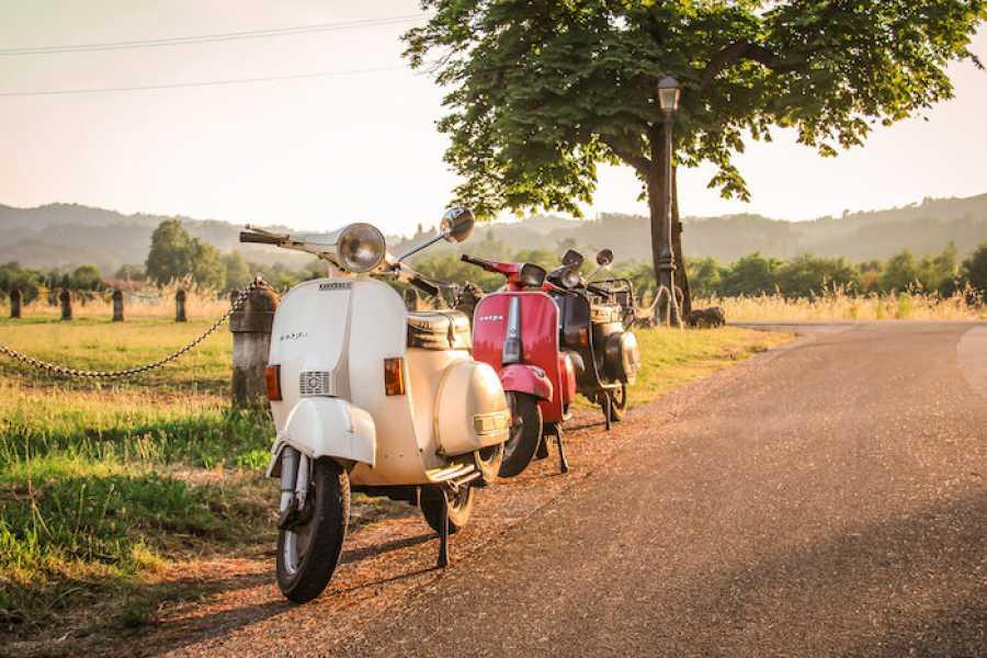 Bologna Welcome - Travel Hoo Vespa trip across Bolognese Hills