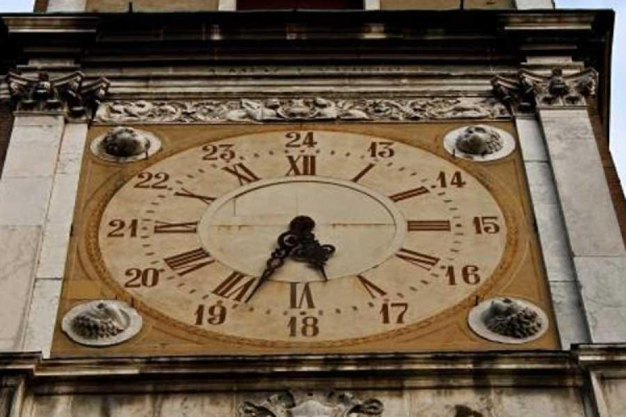Modenatur Unesco Fest. Dentro l'orologio che respira. Visita e narrazione di e con Marco Bertarini