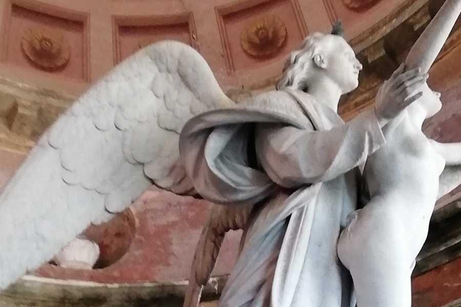 Modenatur Visita guidata al Cimitero di San Cataldo