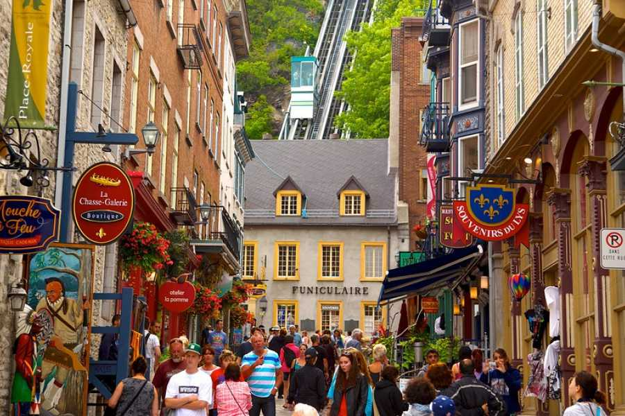 Dream Vacation Tours OLD QUEBEC & QUEBEC CITY DREAM TOUR