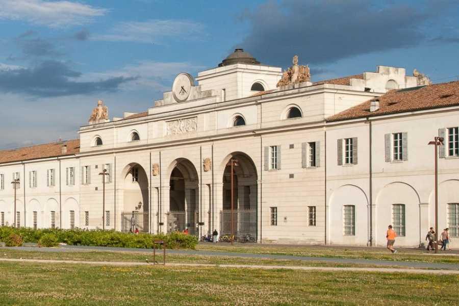 Modenatur Archeologia di uno spazio urbano