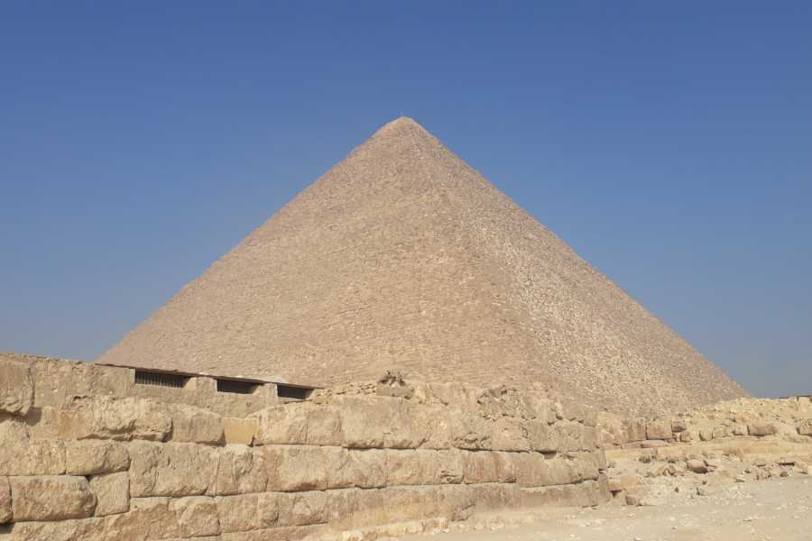 Daily tours Egypt Cairo private day trip from Hurghada by private vehicle