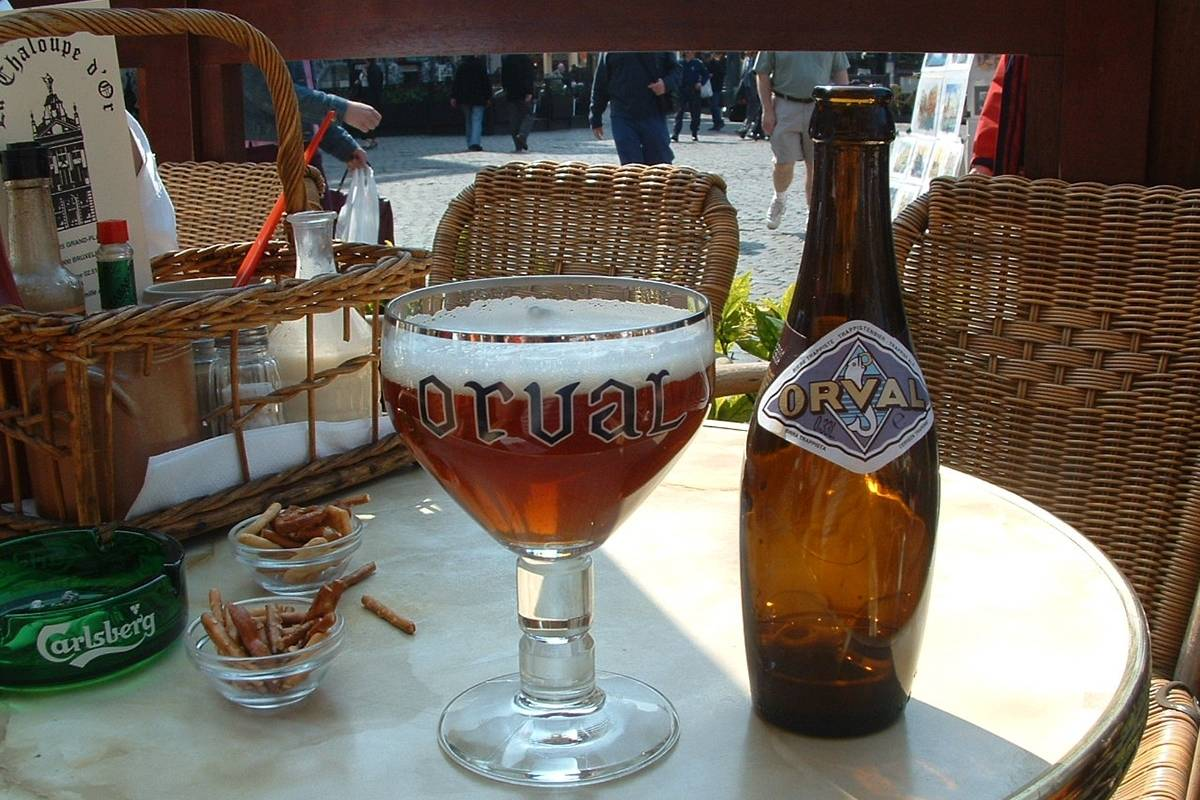 SANDEMANs NEW Brussels Tours Tour de Cervezas Belgas en Bruselas