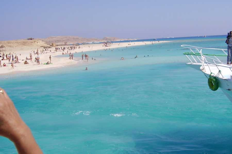 Daily tours Egypt paradise island snorkeling trip from Hurghada
