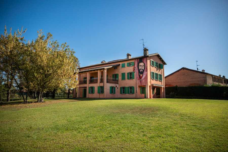 Modenatur Luciano Pavarotti house museum ticket