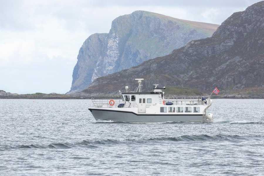Runde Konferansesenter AS Tur til Runde med passasjerbåten MB Olden