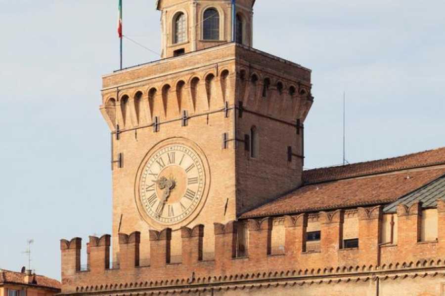 Bologna Welcome Torre dell'Orologio e Collezioni Comunali - Tour guidato