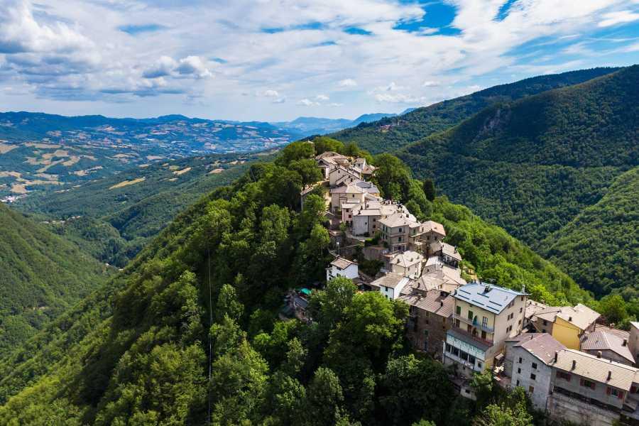 Bologna Welcome Alla scoperta di Montacuto delle Alpi, gemma medievale incastonata nel cuore dell'Appennino