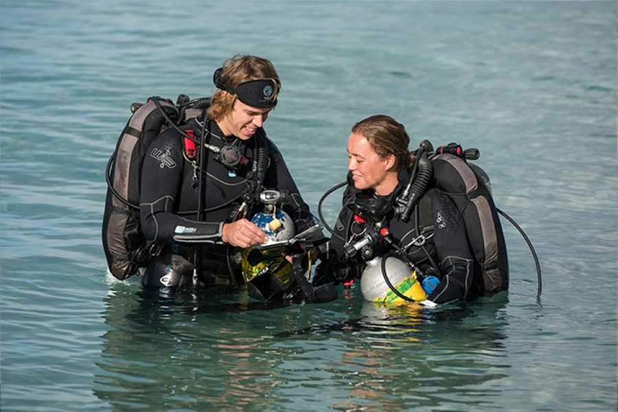 Blue Bay Dive & Watersports PADI/DSAT Tec Deep course