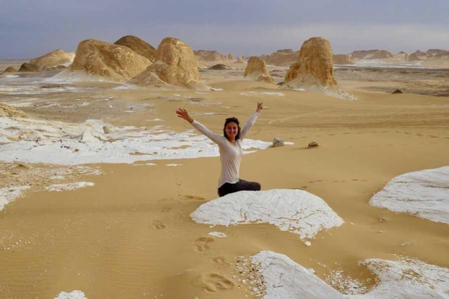Marsa alam tours 2-Day Camping tour to the White Desert from Bahariya Oasis