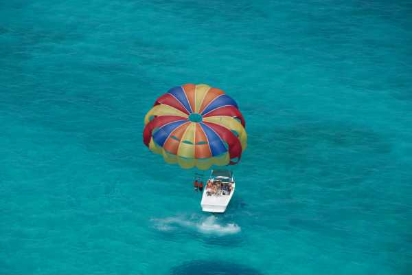 1 Hour Private Parasailing Charter, Grace Bay, Providenciales