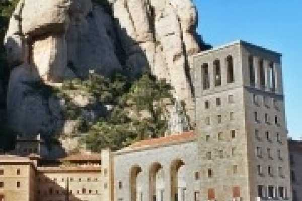 "ICONO Serveis Culturals ""Montserrat, food and wine"" (Full day)"