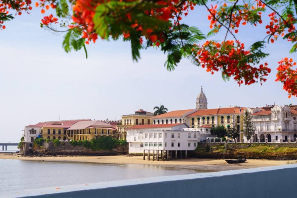Panoramic Panama (CITY 01) Excursión de Medio Día en Ciudad y Canal de Panamá