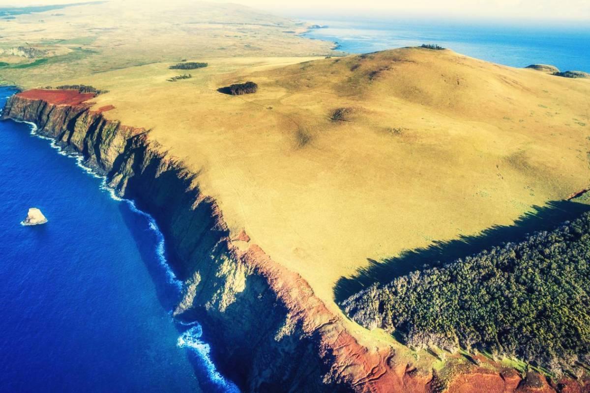Green Island Tours - Easter Island Explorando el Poike