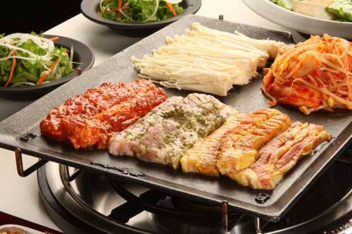 Kim's Travel Palsaik Korean BBQ