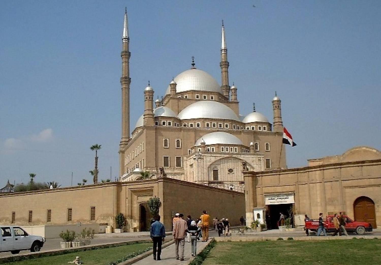 Cairo City Tour: Egyptian Museum, Alabaster Mosque & Khan el-Khalili