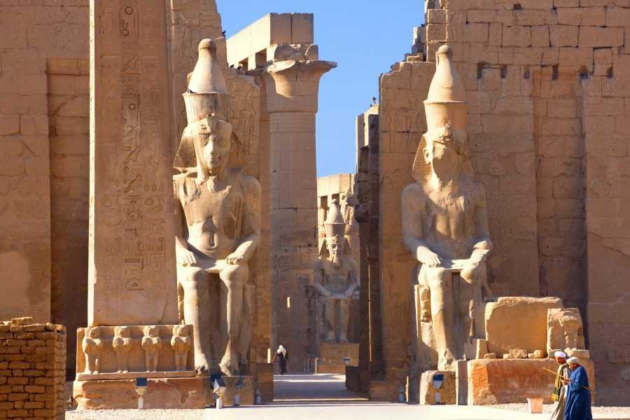 EMO TOURS EGYPT GIORNO GIRO  A LUXOR DA CAIRO IN AEREO