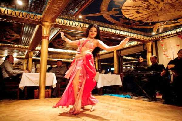 EMO TOURS EGYPT Cairo dinner Cruise with Belly dancer show