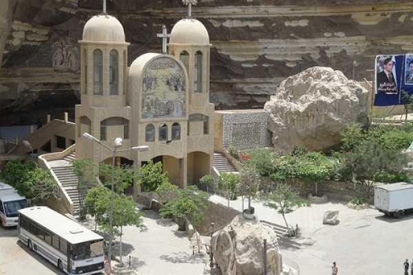 EMO TOURS EGYPT Inusual Tour a la Ciudad De Basura y la iglesia de San Simón