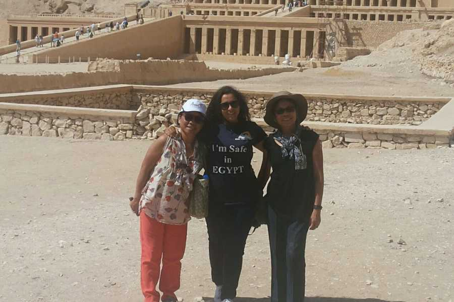 EMO TOURS EGYPT БЮДЖЕТ ДЕНЬ ПОЕЗДКА В ЛУКСОР НА ЗАПАДНОМ БЕРЕГУ ВИЗИТ VALLEY KINGS КОЛОССЫ МЕМНОНА И ХРАМ ХАТШЕПСУТ