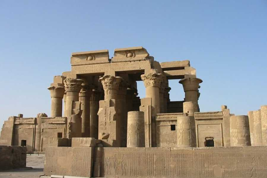 EMO TOURS EGYPT Overnight trip to Luxor from Aswan