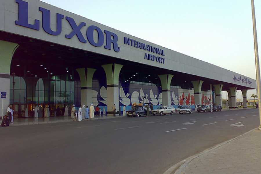 EMO TOURS EGYPT TRANSFER VOM FLUGHAFEN LUXOR NACH LUXOR HOTELS