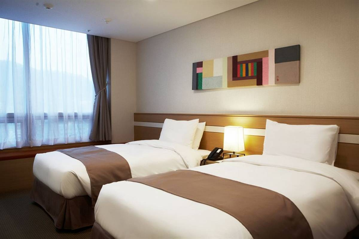 Kim's Travel 0 Tmark Hotel Myeongdong (Limited Time Offer) ★★★★