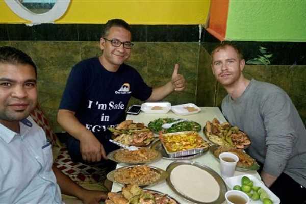 EMO TOURS EGYPT Tour de comida en El Cairo para el almuerzo o cena en una casa real de Egipto