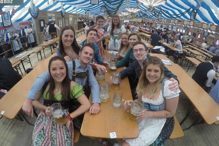 Bus2Alps AG Barcelona 2 Oktoberfest TRANSPORT