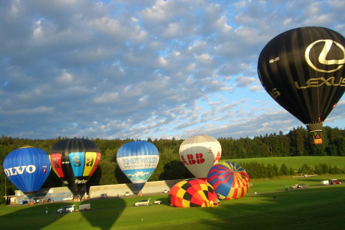 HB Adventure Switzerland AG For you only: Private VIP Hot Air Balloon ride