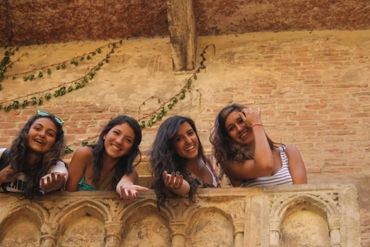 Italy on a Budget tours THE ITALIAN LAKES ADVENTURE - 5D/4N Lake Como, Lake Garda and Verona