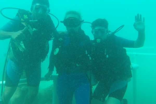 """2-hour """"Intro to Scuba"""" for beginner divers"""