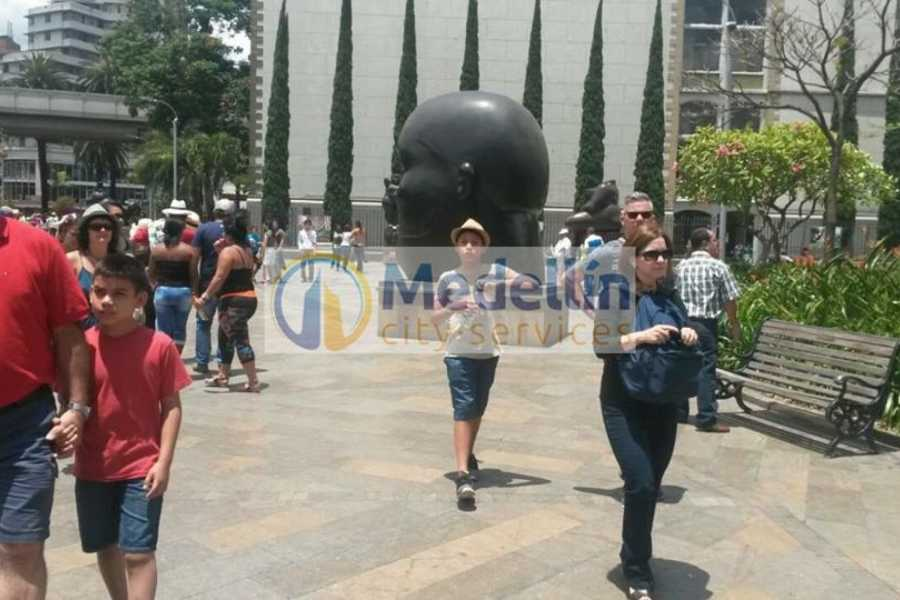 Medellin City Tours SUPER SAVER: Medellin City Tour + Slums + Food Tour