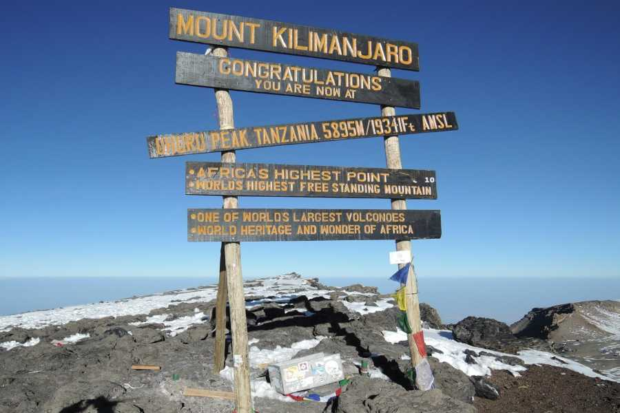 Adventurati Outdoor Mt Kilimanjaro - Mechame Route