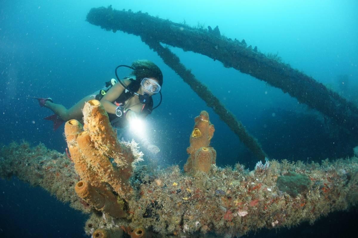 Aquanauts Grenada X Boat Night Dive 1 tank