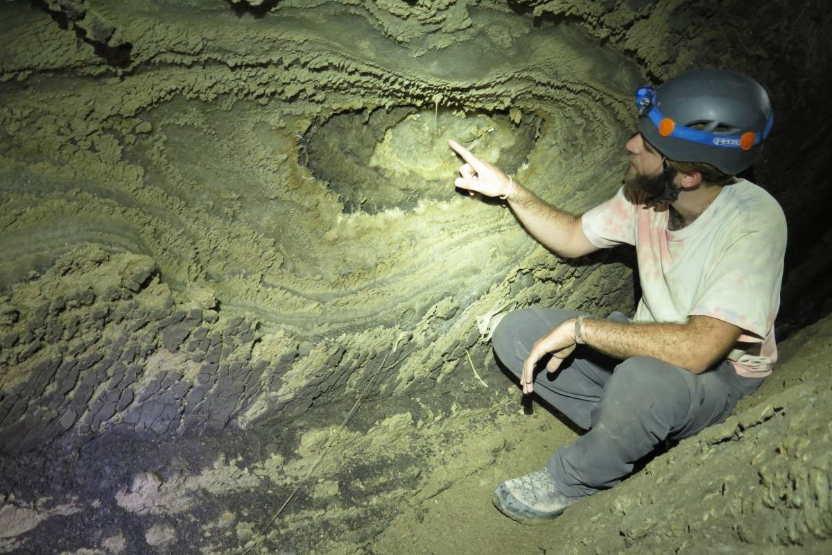 Wild-Trails Extreme Salt Caving in the Dead Sea