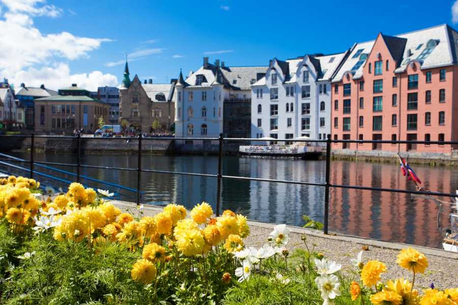 Norway Excursions Alesund Stadtrundgang