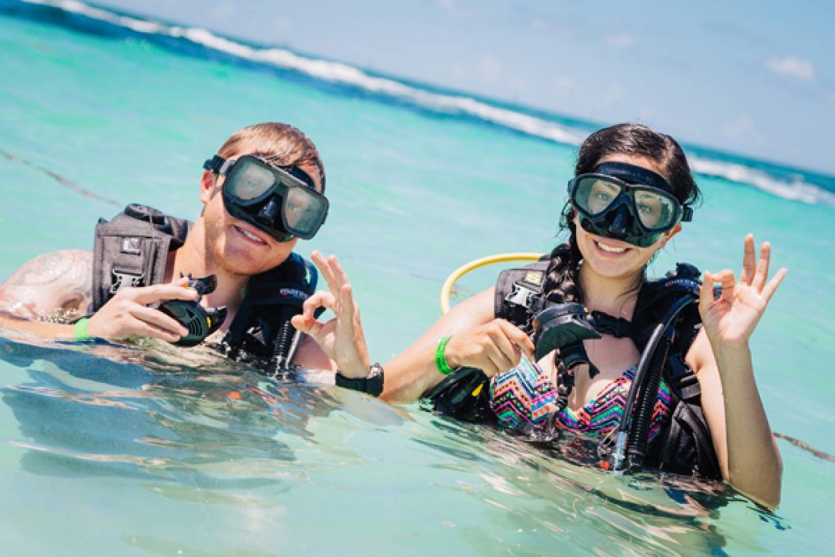 Bahamas Adventures DISCOVER SCUBA DIVING
