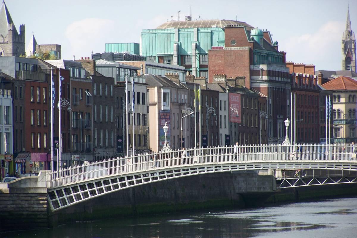Pat Liddy's Walking Tours of Dublin 1. Dublin Highlights & Hidden Corners