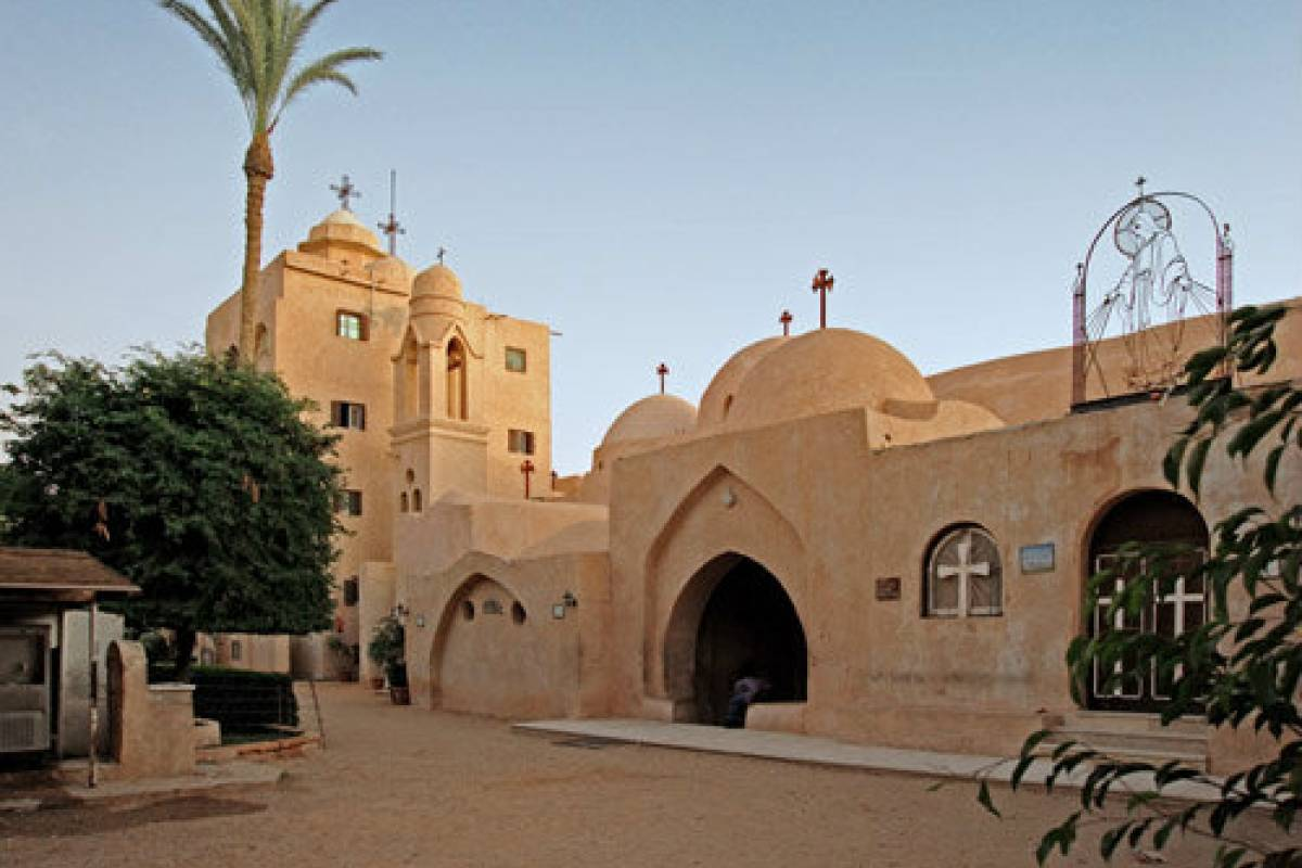 Deluxe Travel Day Tour Monasteries of Wadi Natroun from Cairo